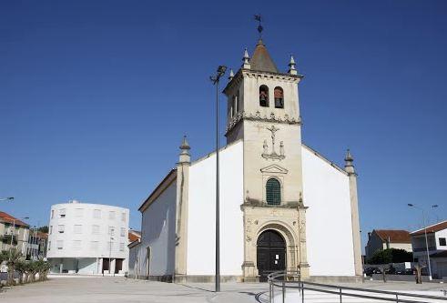 Igreja matriz entrocamento